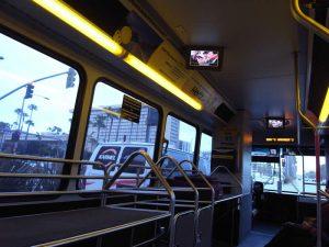 ハーツのシャトルバス